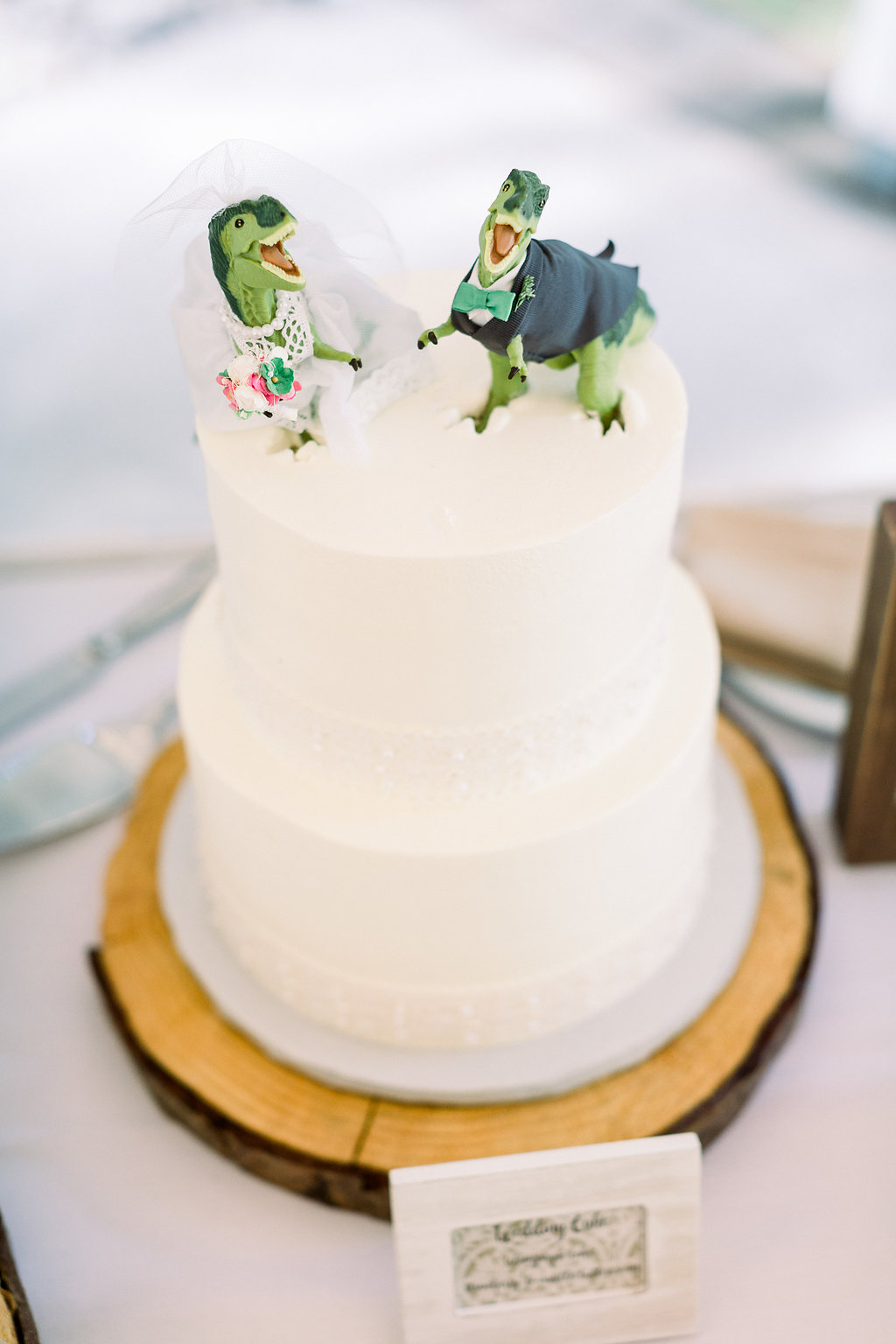 The cutest cake topper!!