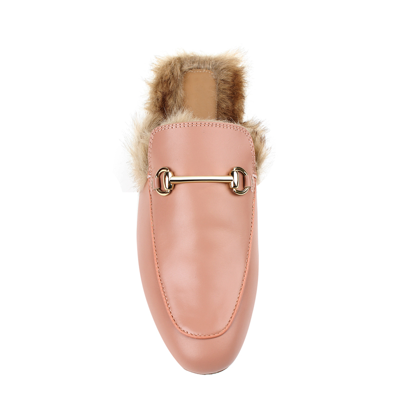 3-BUy-Jessica-Buurman-Street-Style-Shoes-RACHA-Leather-And-Fur-Slippers-Pink-800x800.jpg