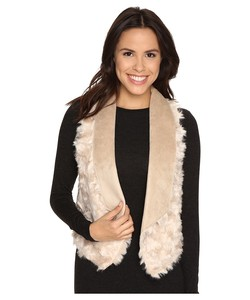 1349718-tart-sheri-faux-fur-vest-light-womens-vest.jpg