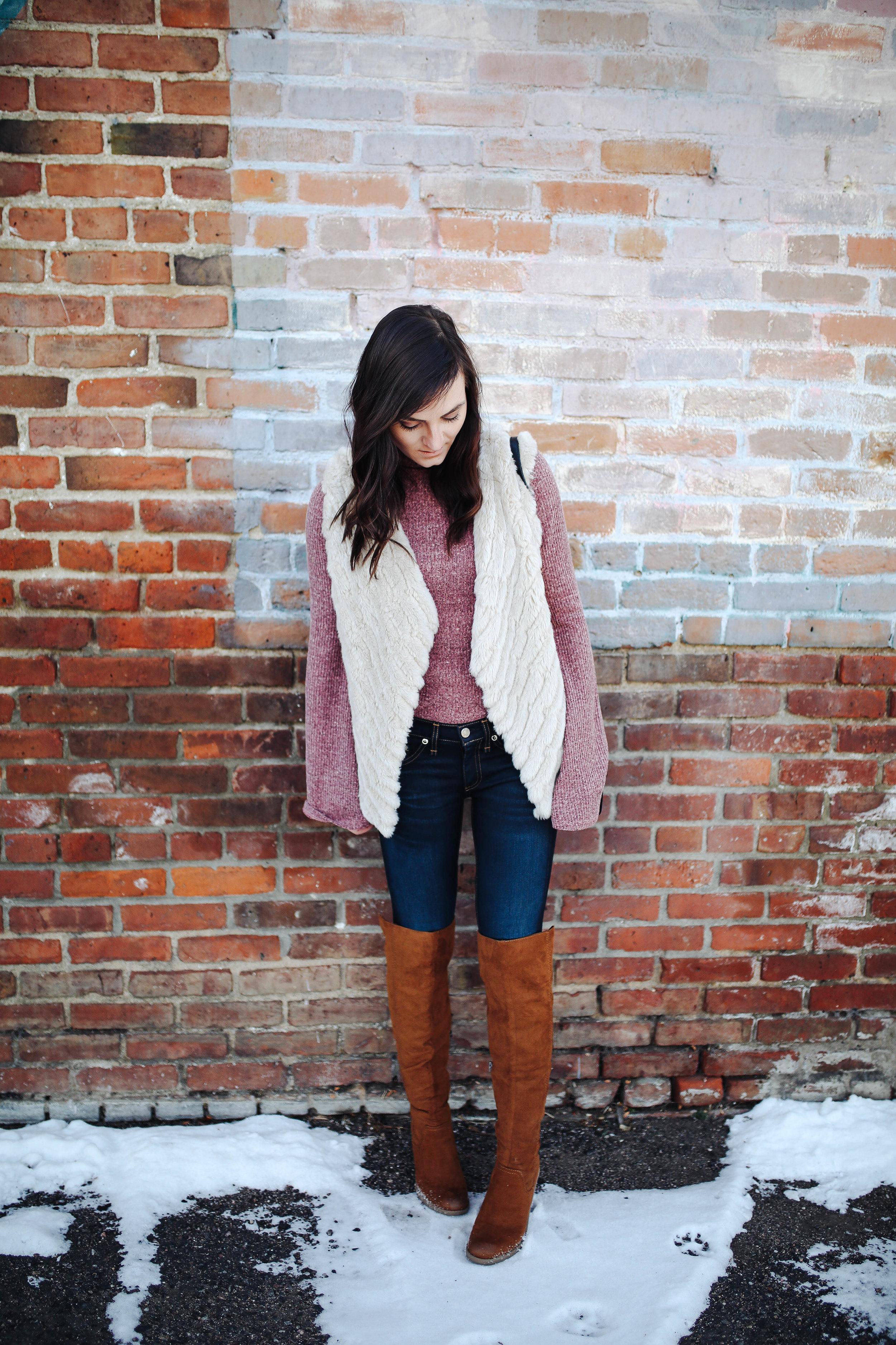 """<img src - bell sleeves.jpg"""" alt = """"trending-bell-sleeves-otk-boots-bb dakota-keith-faux-fur-vest"""">"""
