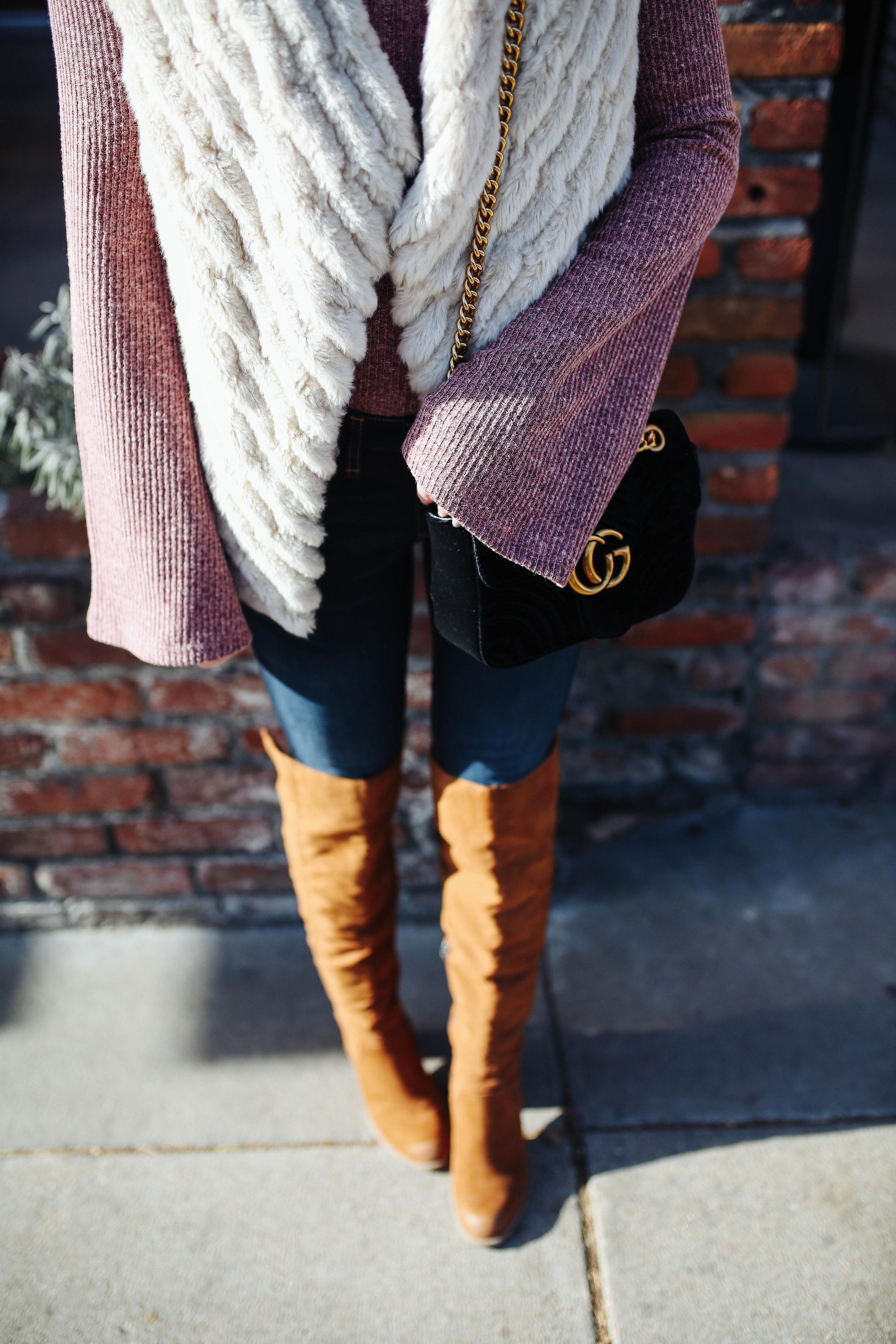 """<img src = """"bell sleeves.jpg"""" alt = """"trending-bell-sleeves-otk-boots-bb dakota-keith-faux-fur-vest"""">"""