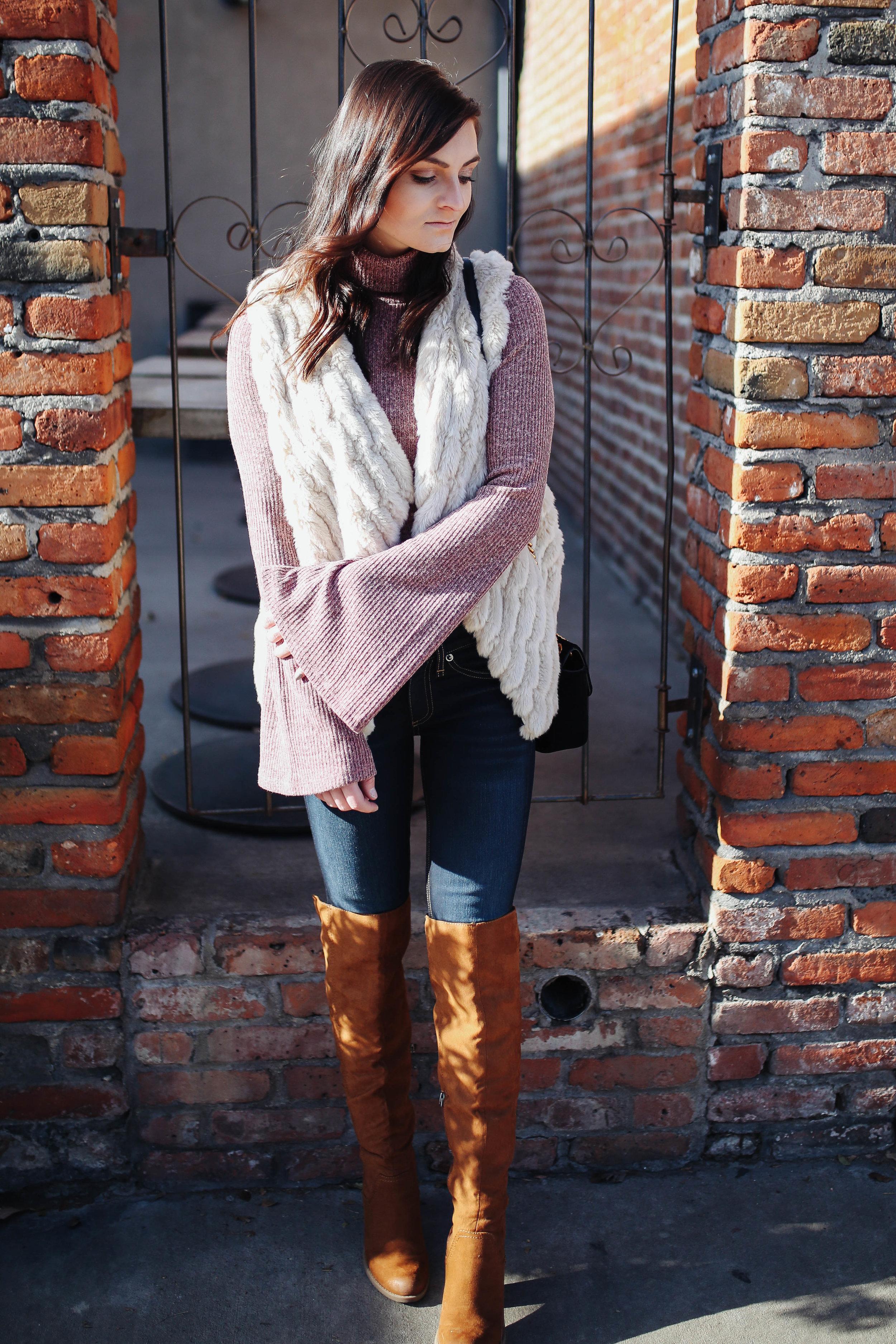"""<img src = """"bell-sleeves.jpg"""" alt = """"trending=bell=sleeves=otk=boots- bb dakota- keith-faux-fur-vest"""">"""