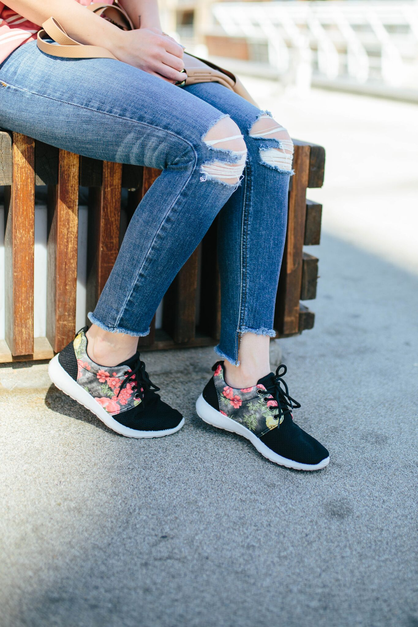 """<img src = """"wearing sneakers.jpg"""" alt = """"how-to-wear-sneakers-mom-style-with-joes-jeans-blondie-destroyed-skinny-jeans-coppola"""">"""