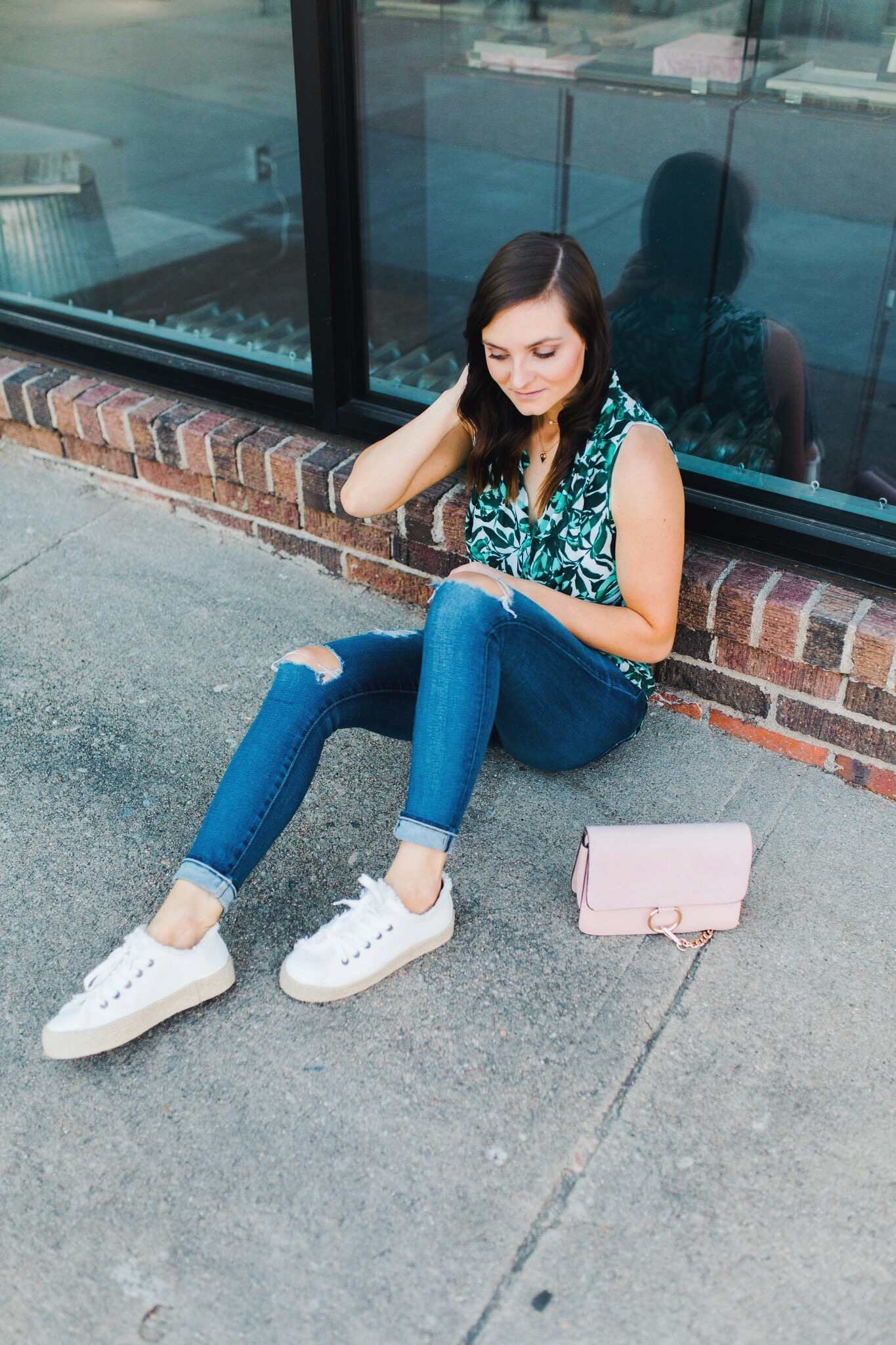 """<img src =five-summer-pieces-to-have-in-your-closet.jpg"""" alt =""""fashion-blogger-sitting-on-the-ground-wearing-ag-adriano-goldschmied-11 year-swapmeet-skinny-jeans- with-a bold-patterned-tank-and-platform-espadrille-sneakers-talking-summer-essentials-you-need-in-your-closet"""">"""