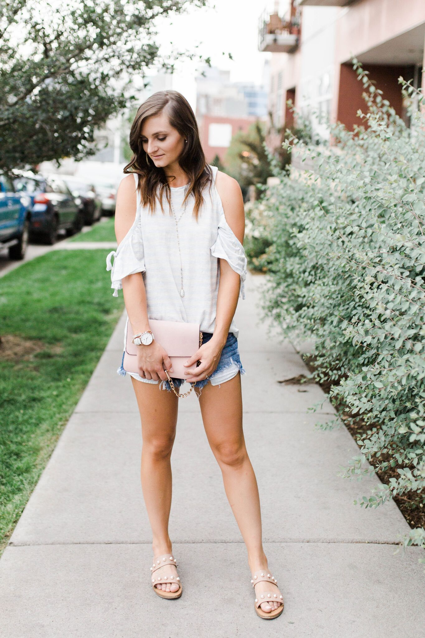 "<img src =""five-summer-pieces-to-have-in-your-closet.jpg. alt="" fashion-blogger-styling-summer-pieces-to-have-in-your-closet-denim-cut-off-shorts-cold-shoulder-tee-and-steve-madden-jole-pearl-sandals"">"