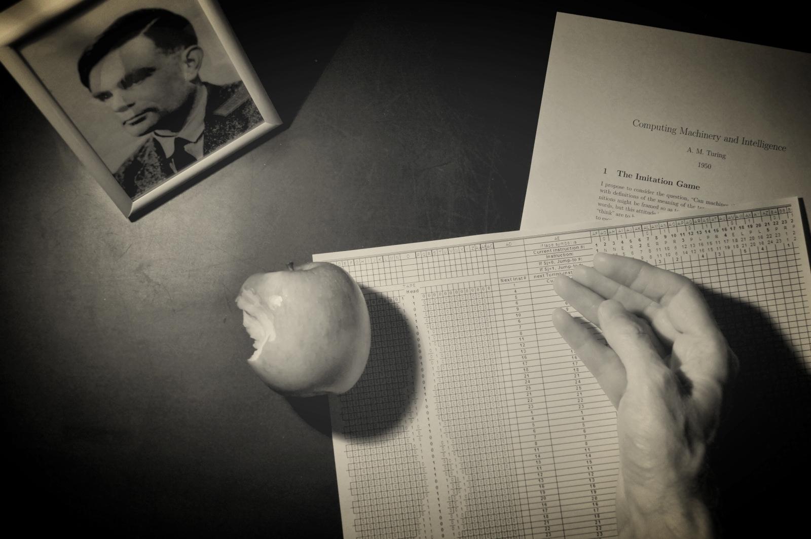 PG HndF-Alan Turings Apple.jpg