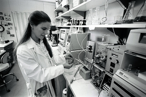 research-scientist-lab.jpg