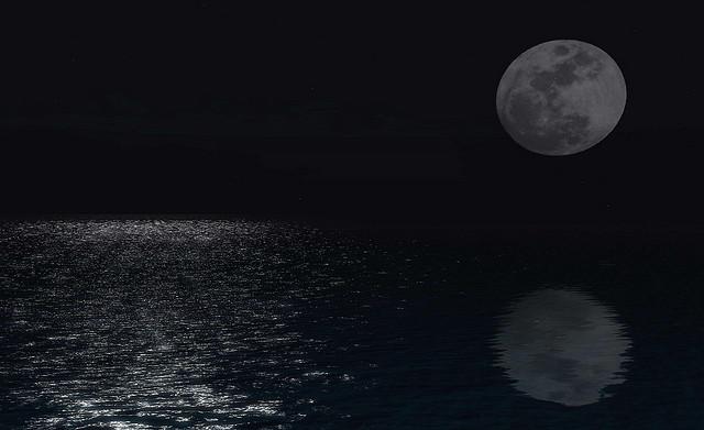 moon-reflection.jpg