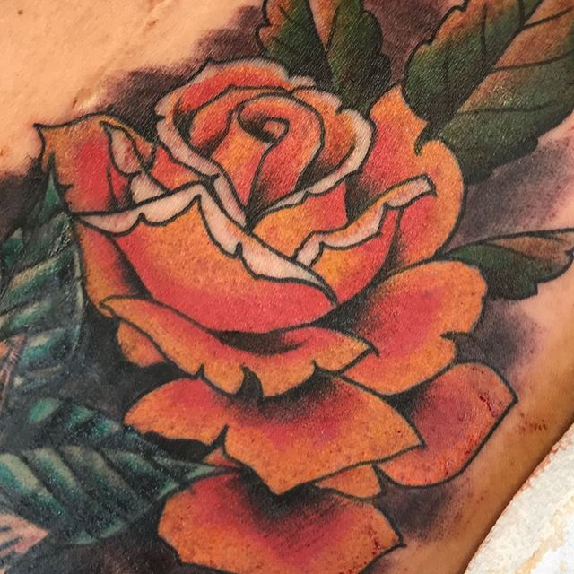 Roses on deck! Spring time is here hopefully for real this time. #fortcollinscolorado #coloradotattoos #loveland #americanatattoos