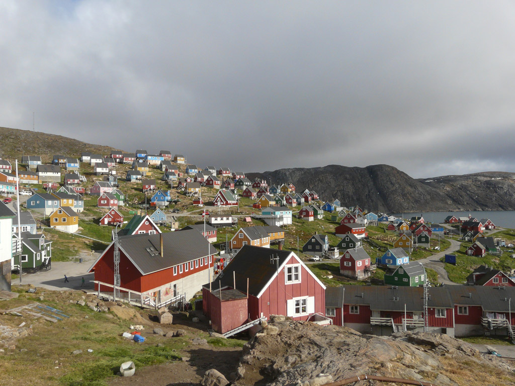 the colorful houses of Upernavik