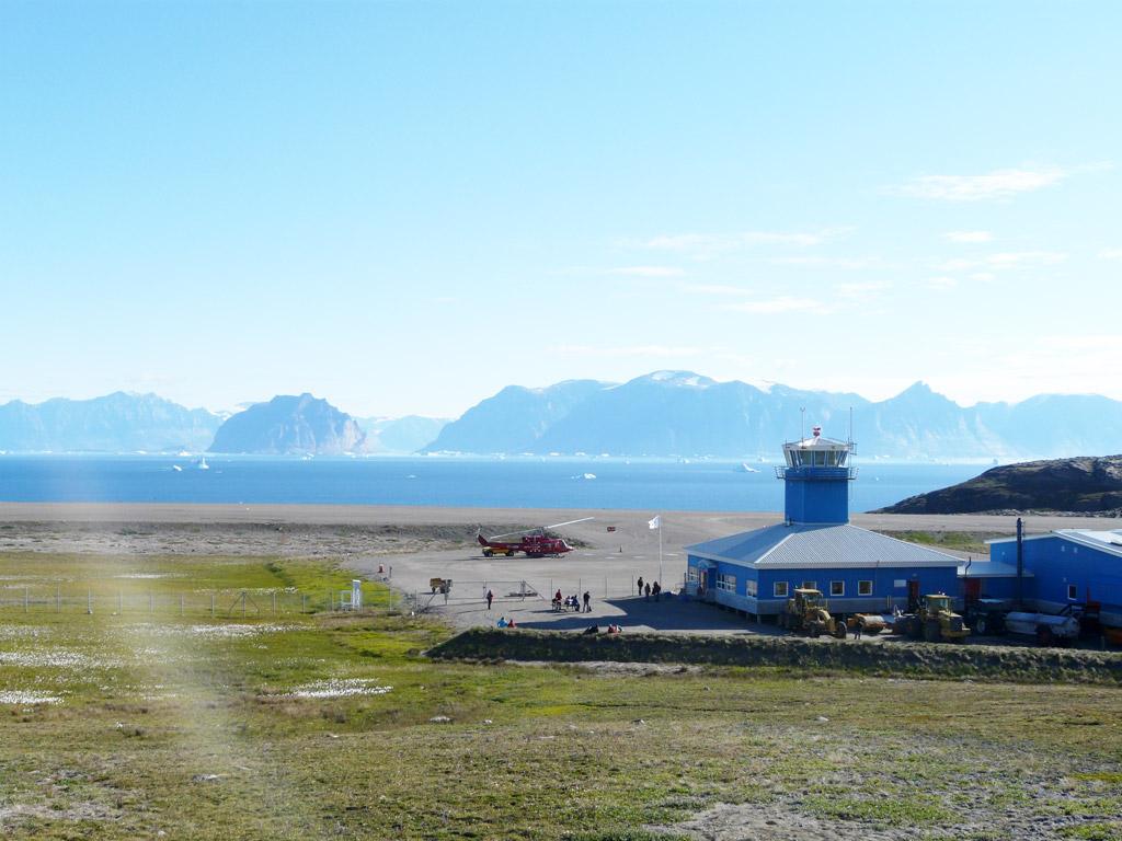 Qaarsut airport, gateway to Uummannaq and north Greenland