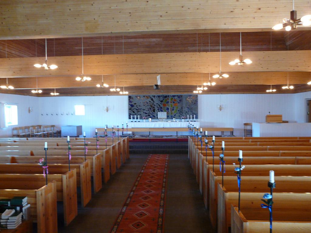 inside Paavia Church