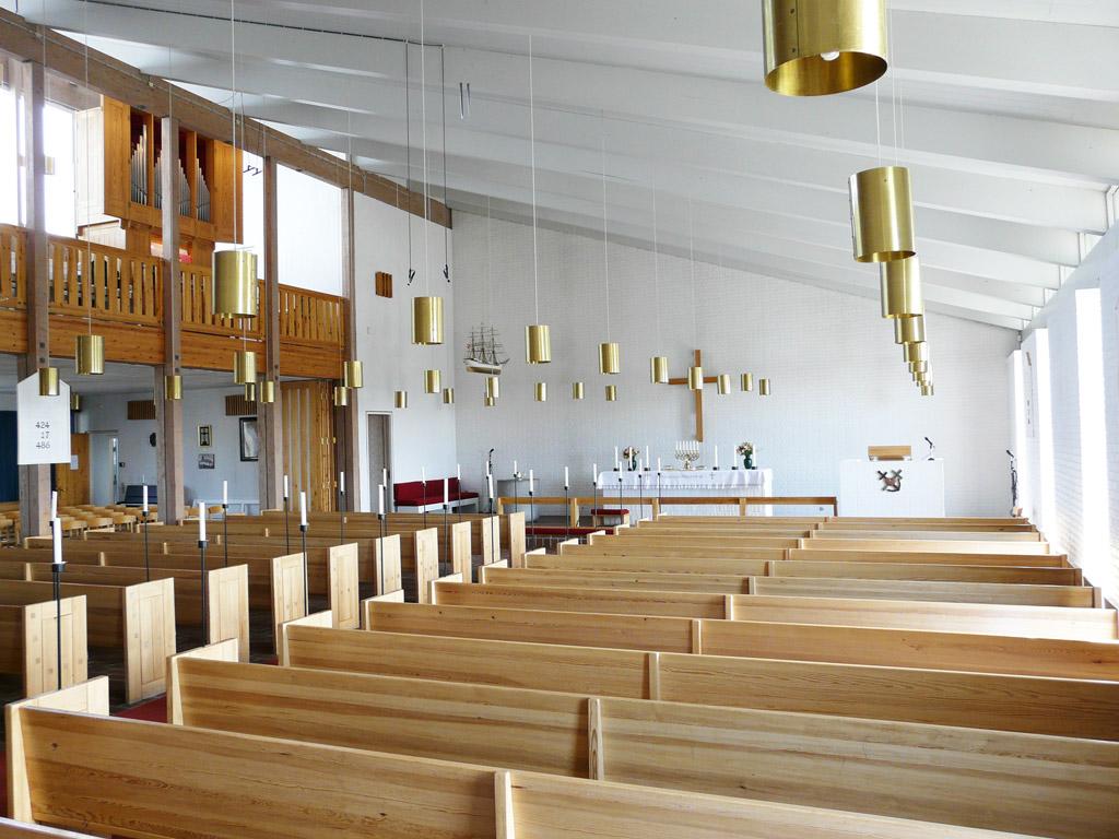 the spacious interior of Hans Egede's Church
