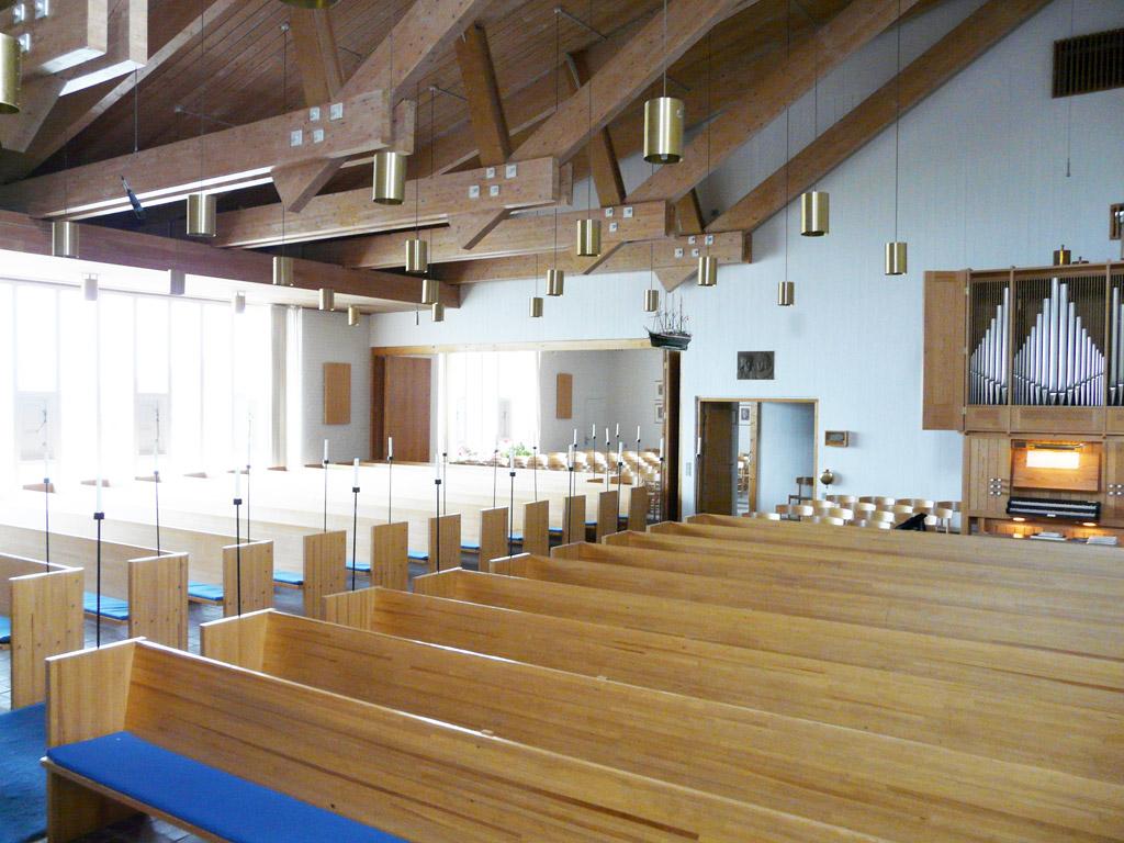 inside Gertrud Rasch's Church