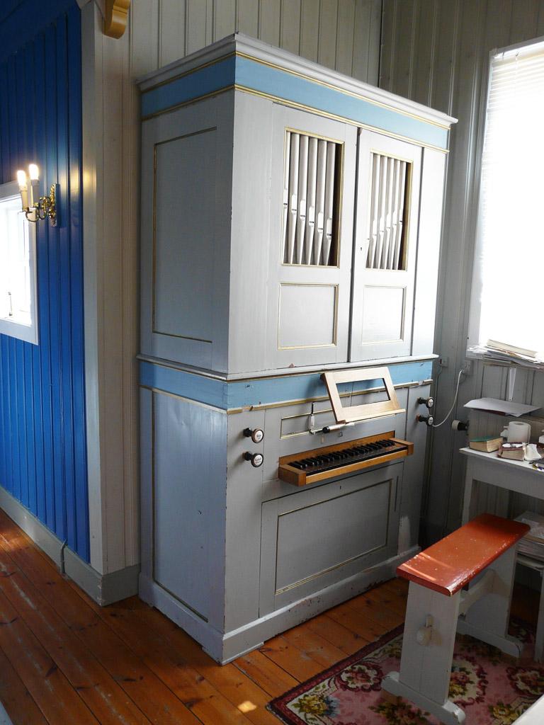 Nanortalik's Gregersen organ, the oldest organ in Greenland