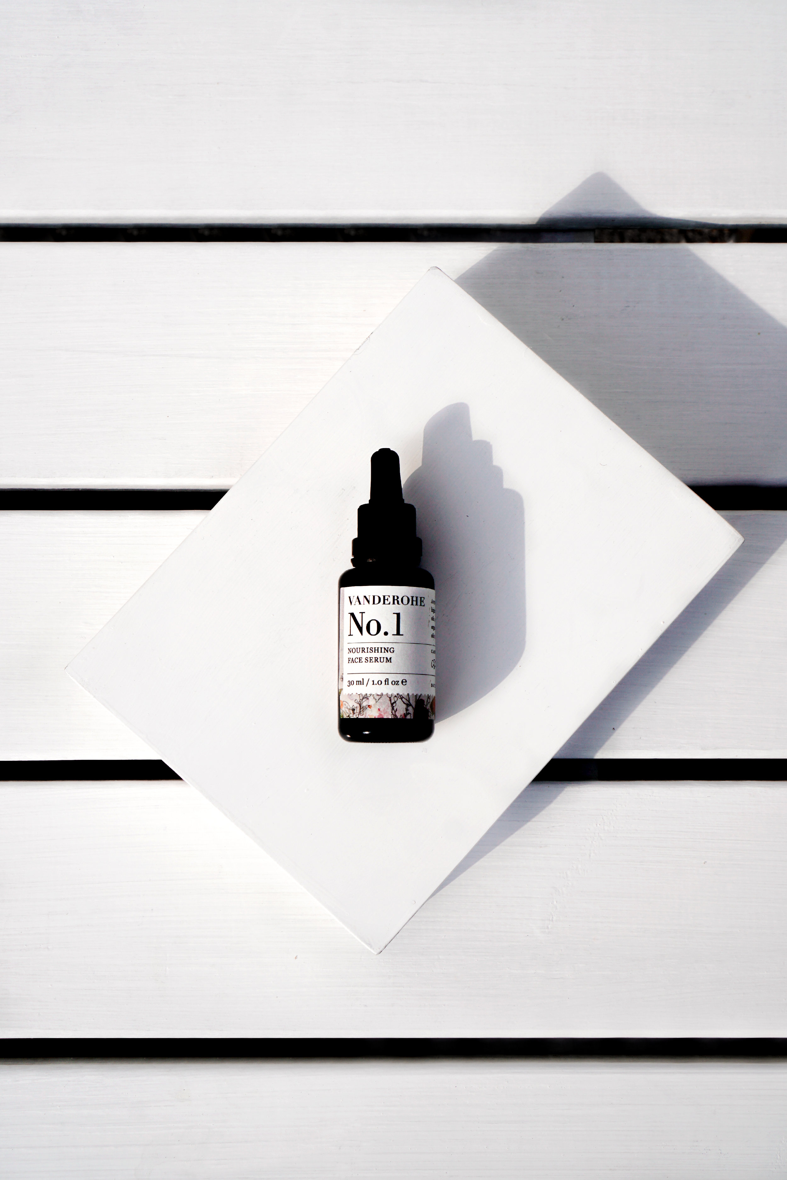 No.1 Nourishing Face Serum