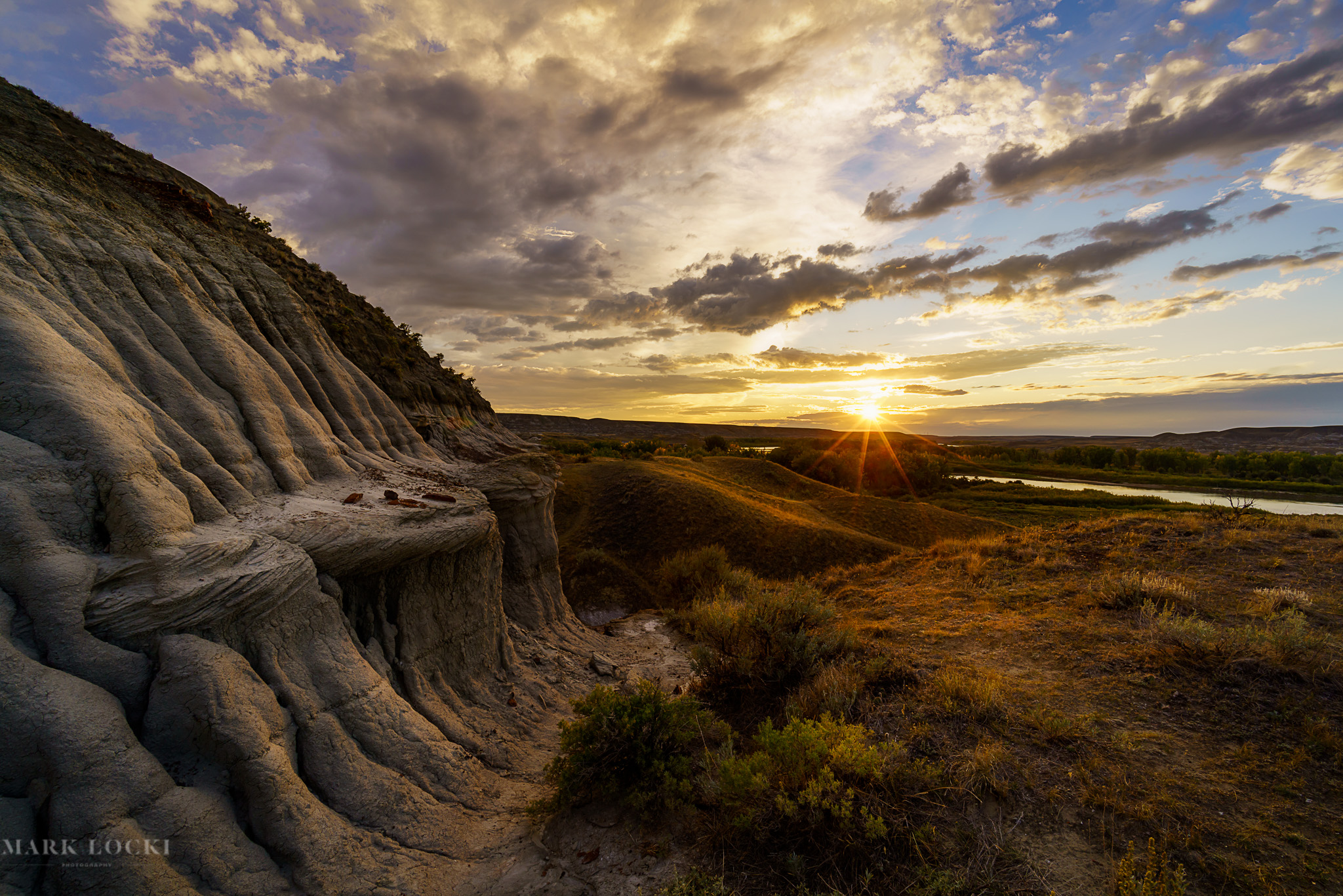 Badlands Sunset.jpg