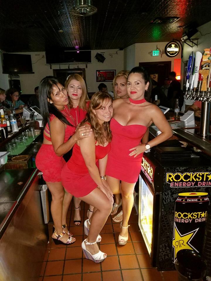 cheersgirls2.jpg