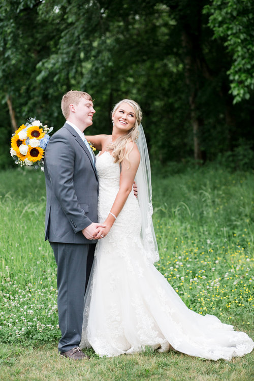 Wildflower picture with Bride and Groom