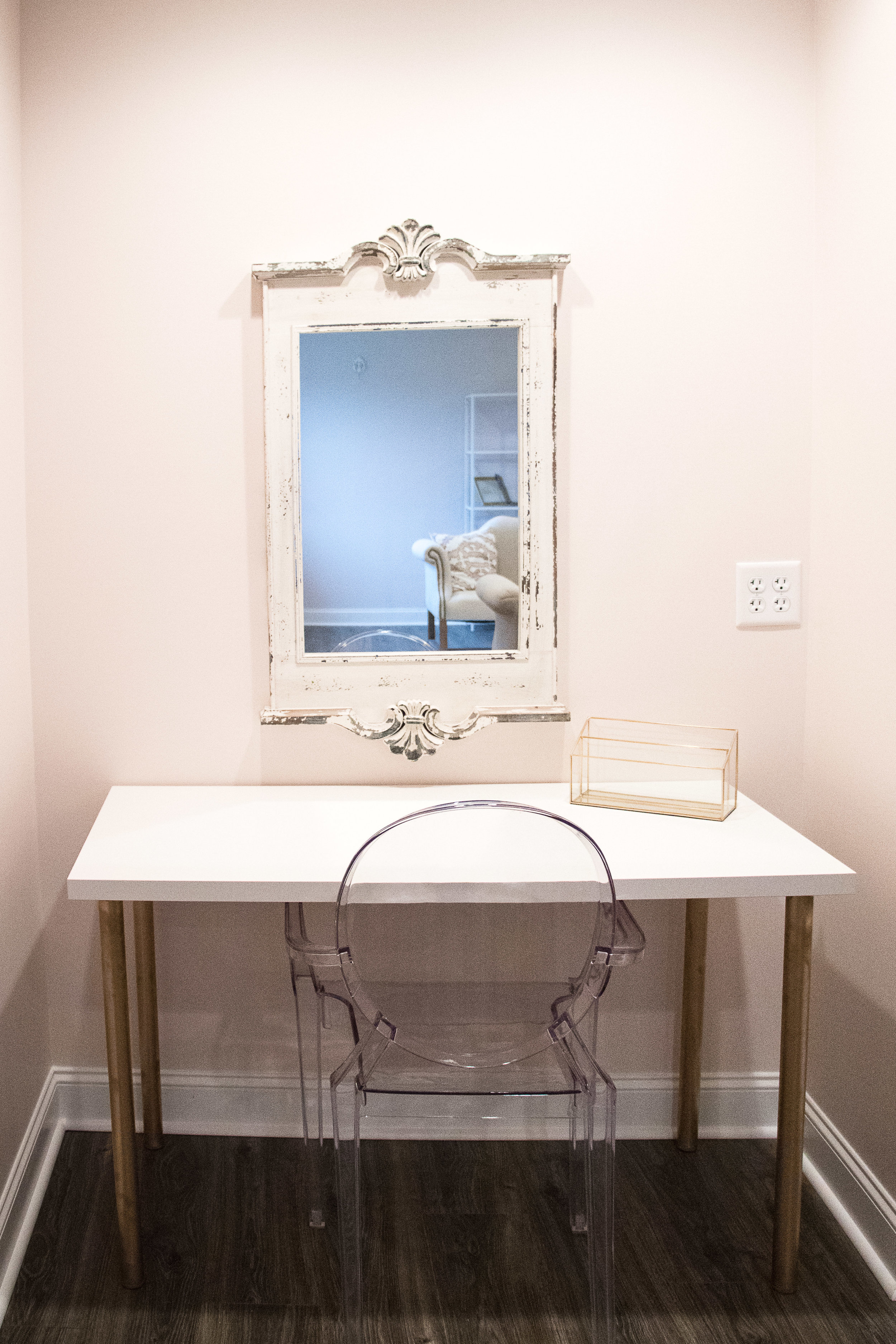 Bridal Suite captured by Janelle Hale