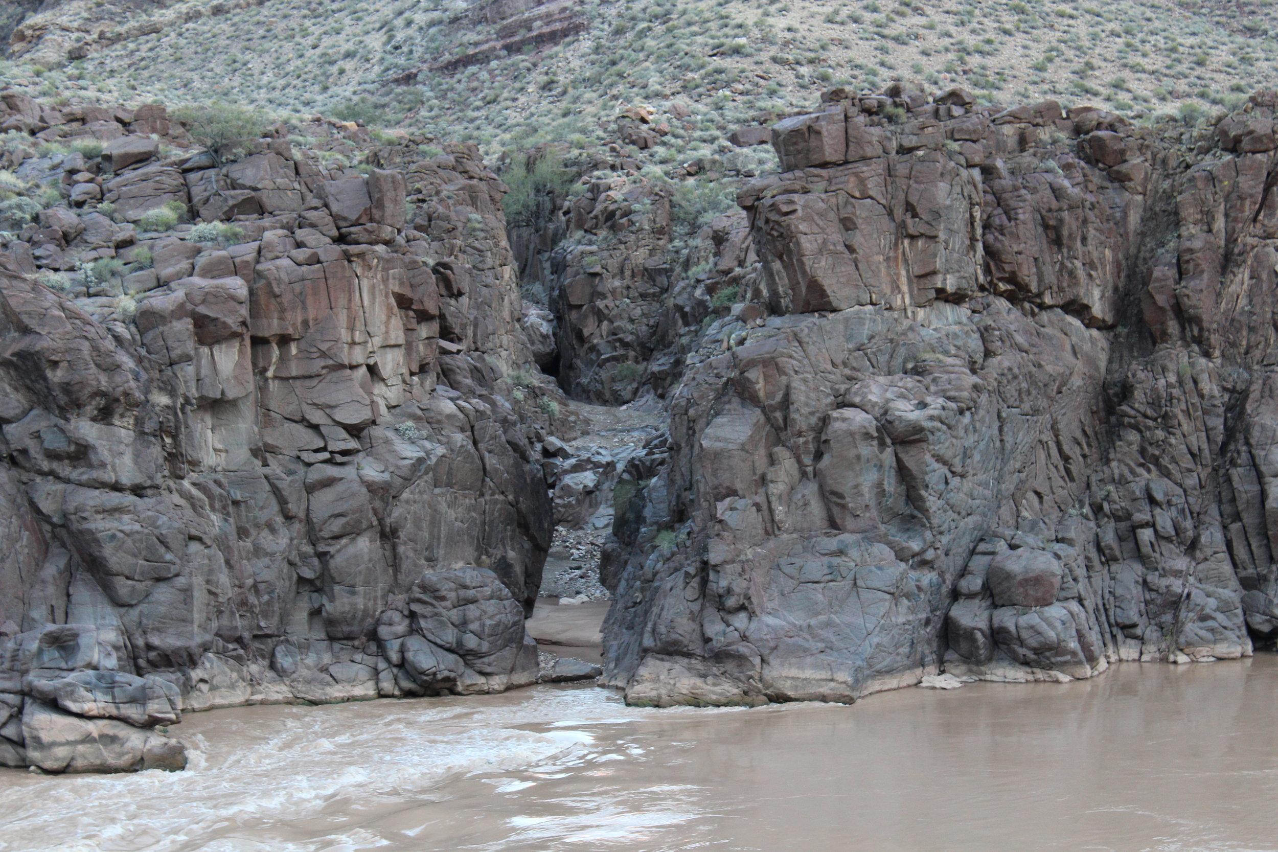 A fantastic looking slot across the river.