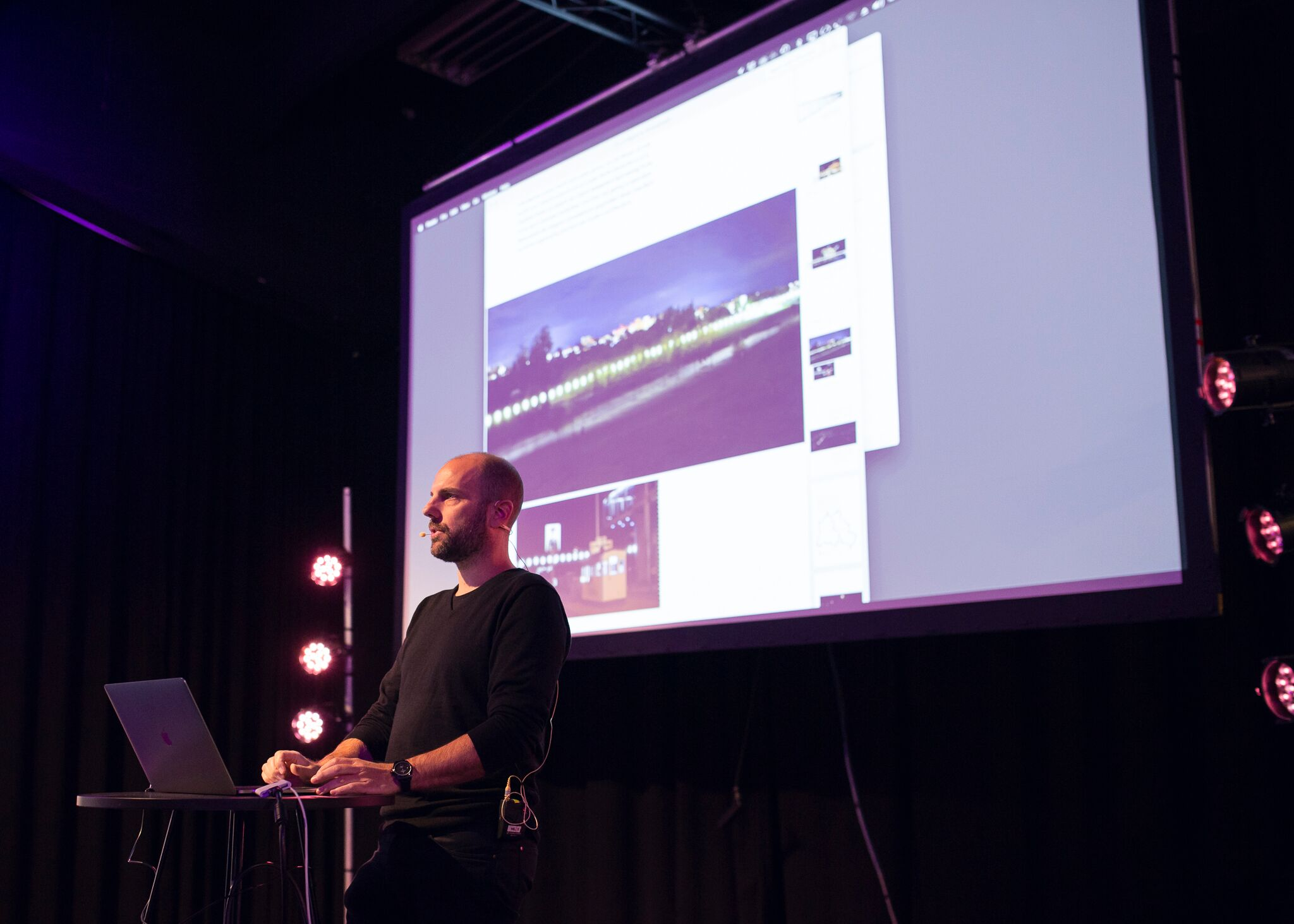 Torstain ensimmäinen keynote-puheenvuoron piti Christopher Bauder. © Kerttu Penttilä