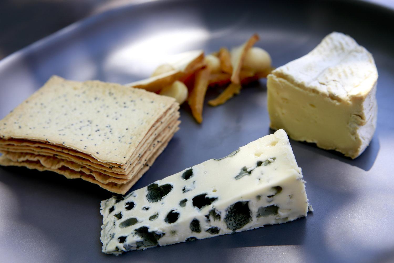 conlans-wine-store_cheese-platter.jpeg