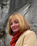Dr Elizabeth Hurren