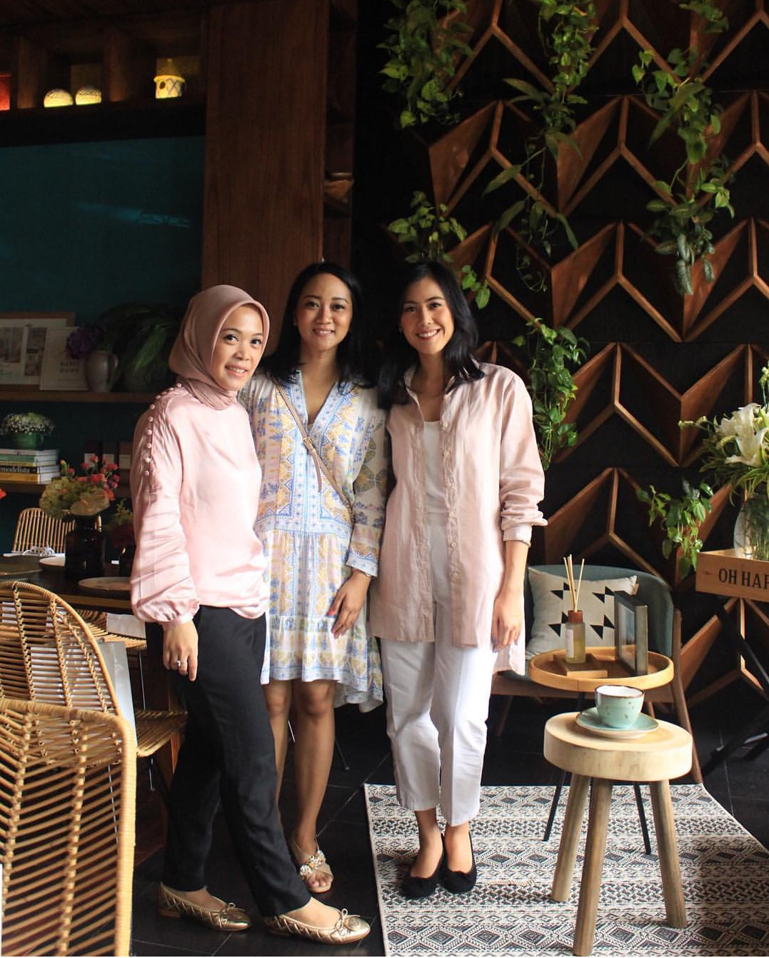 Special thanks untuk team Camani - wouldn't get here without your generous support, love and friendship! :)