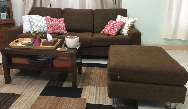 sofa (before).jpg