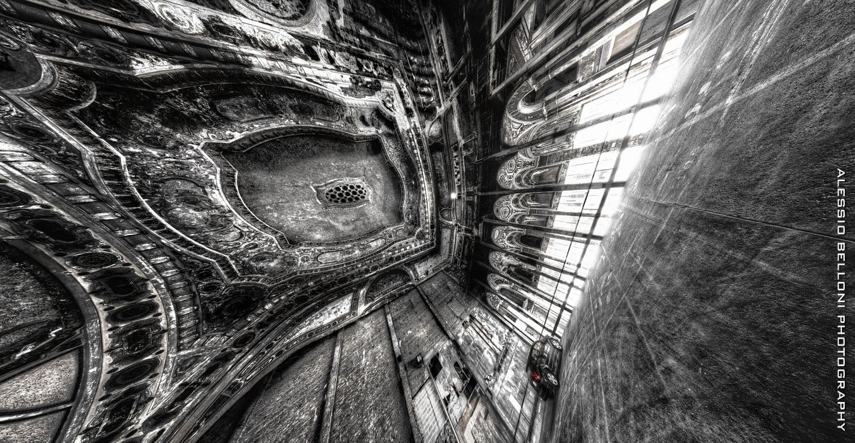 Parked © Alessio Belloni