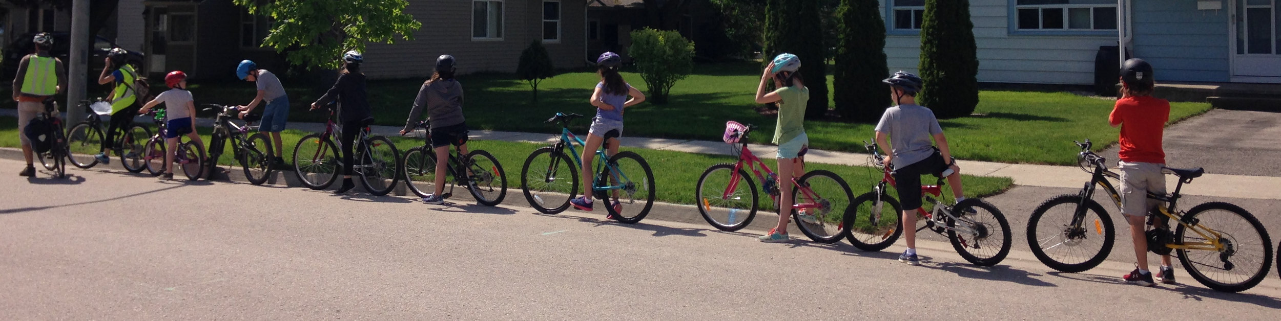 We offer comprehensive bike training: Grade 5 and 6 students participate in 6 modules to help them ride confidently and safely   Find out more