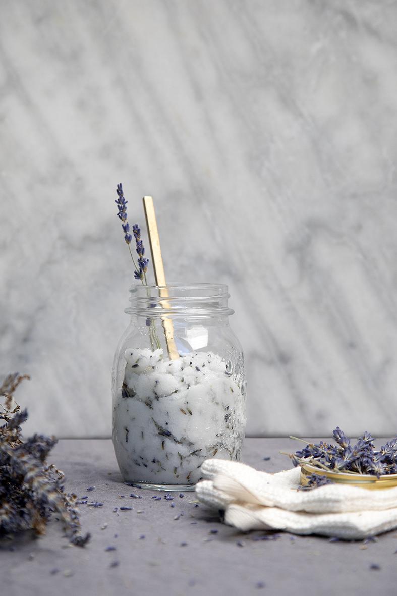 beauty-badzout met lavendel2.jpg