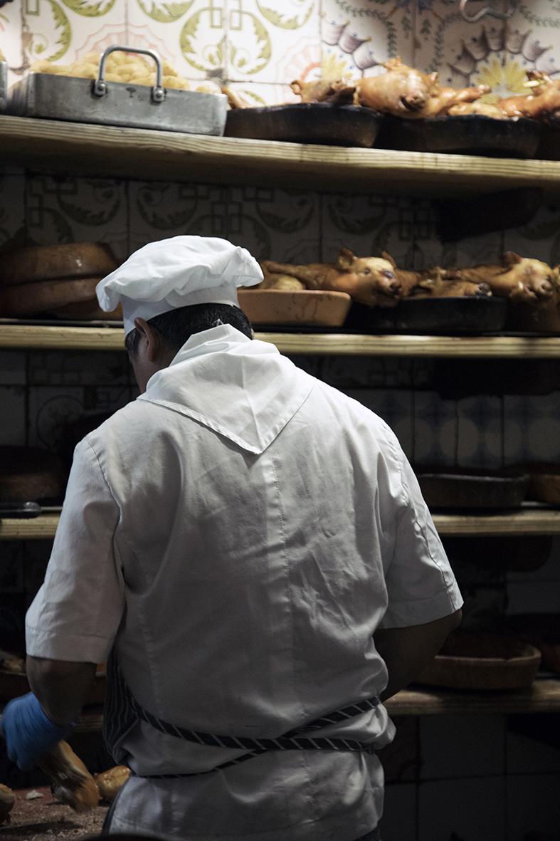c42ad0f1f78 De Mercado de San Miguel is wel van deze tijd en een absoluut foodie  walhalla. De prachtige overdekte markt met 33 standjes is de ideale plek om  lekkers te ...