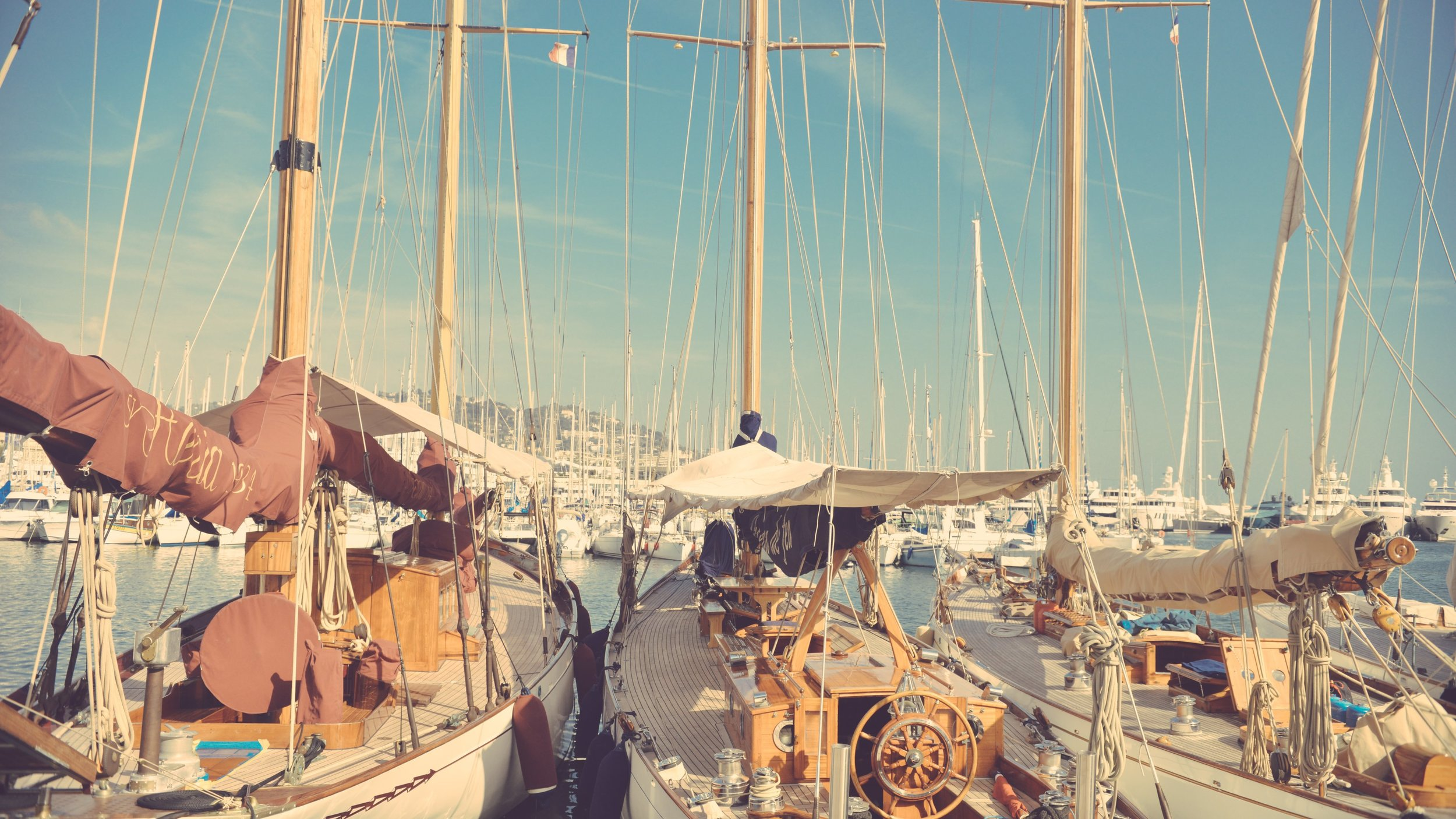 Sailing_Yachts_uhd.jpg