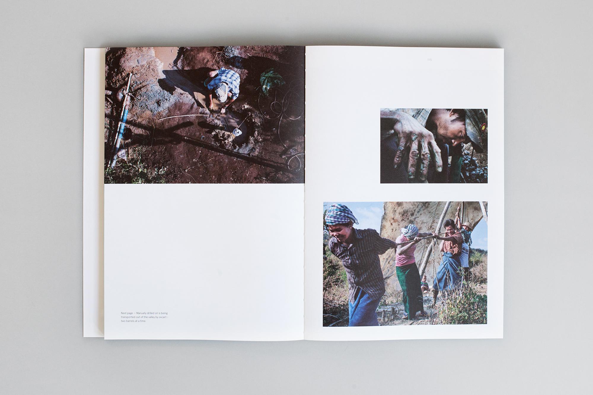 Book-photo-page03.jpg