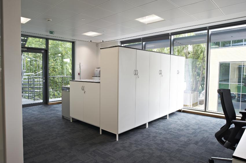 Office Furniture41.jpg