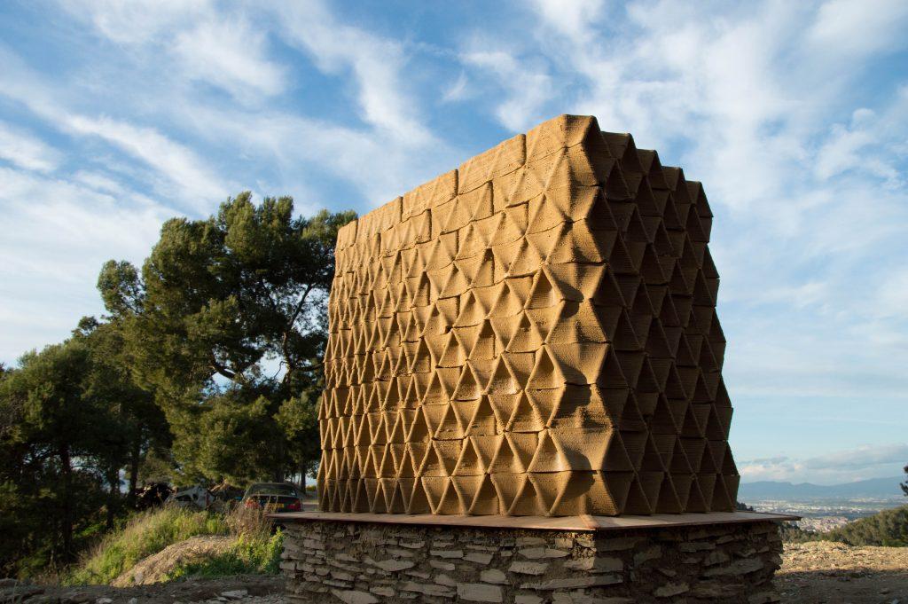 3D printed clay wall