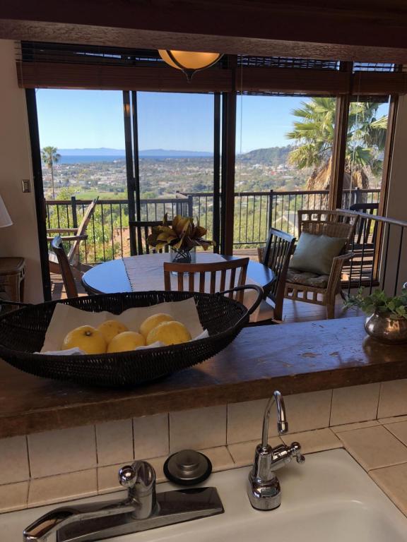 34_RubioRoad_kitchen_views.jpg