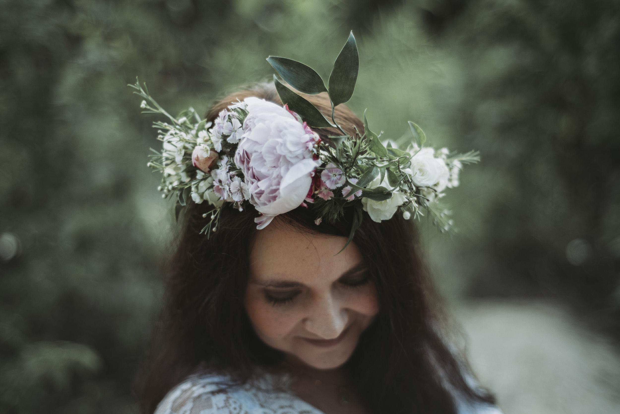 boho maternity shoot flower crown.jpg