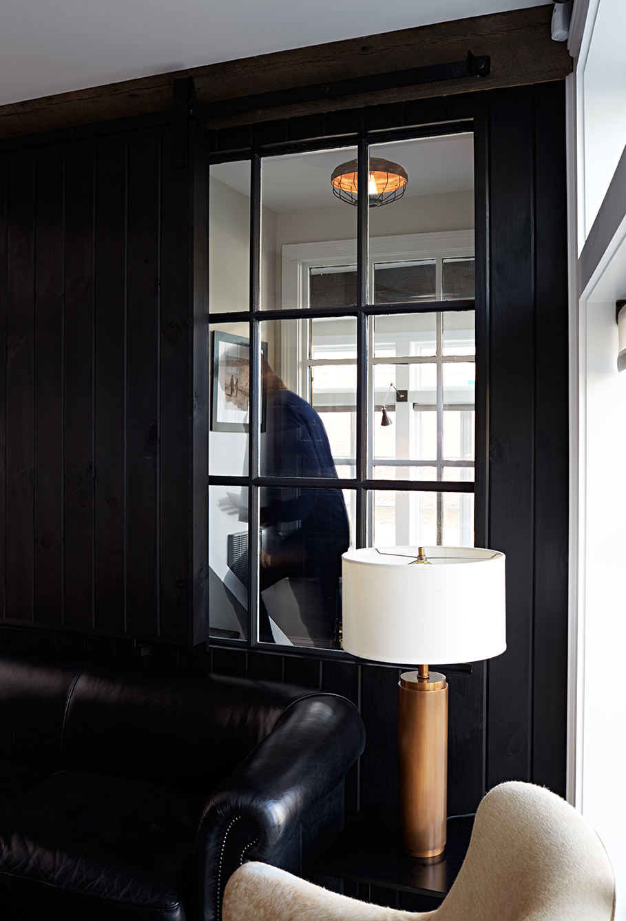 A cut-through window allows light and connection from The Restaurant into the Barroom, and the entrance to guest rooms in The 1820 Building.