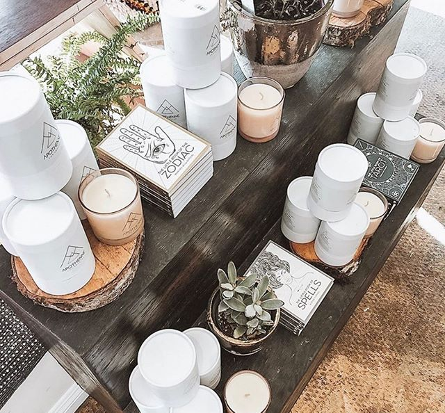 Mark your calendars for Friday October 11 at 1pm PDT to chat live with the founder of Apothenne Candles, Jacqueline Bradley. Jacqueline makes the most amazing candles, is an LA local and does so much more. She will be available on our private Facebook group for an hour to chat and connect with our community! This is the first of our Meet The Founder series on our private FB group so don't forget to join Love Beauty Wellness Community and meet Jacqueline! ⠀⠀⠀⠀⠀⠀⠀⠀⠀ ⠀⠀⠀⠀⠀⠀⠀⠀⠀ Oh and there is an amazing giveaway courtesy of Apothenne. 🌟⠀⠀⠀⠀⠀⠀⠀⠀⠀ ⠀⠀⠀⠀⠀⠀⠀⠀⠀ #MeetTheFounder #Community #Entrepreneur #Founder #FemaleFounder #Brand #Blog #Journal #Blogger #Affiliate #Magazine #Media #Feature #Collaboration #Content #FacebookGroup #Giveaway #Candles