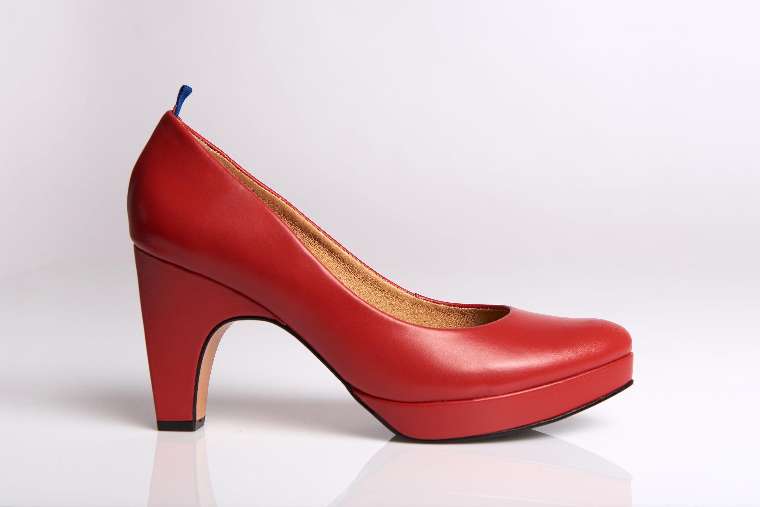 dr-liza-pump-chilli-red