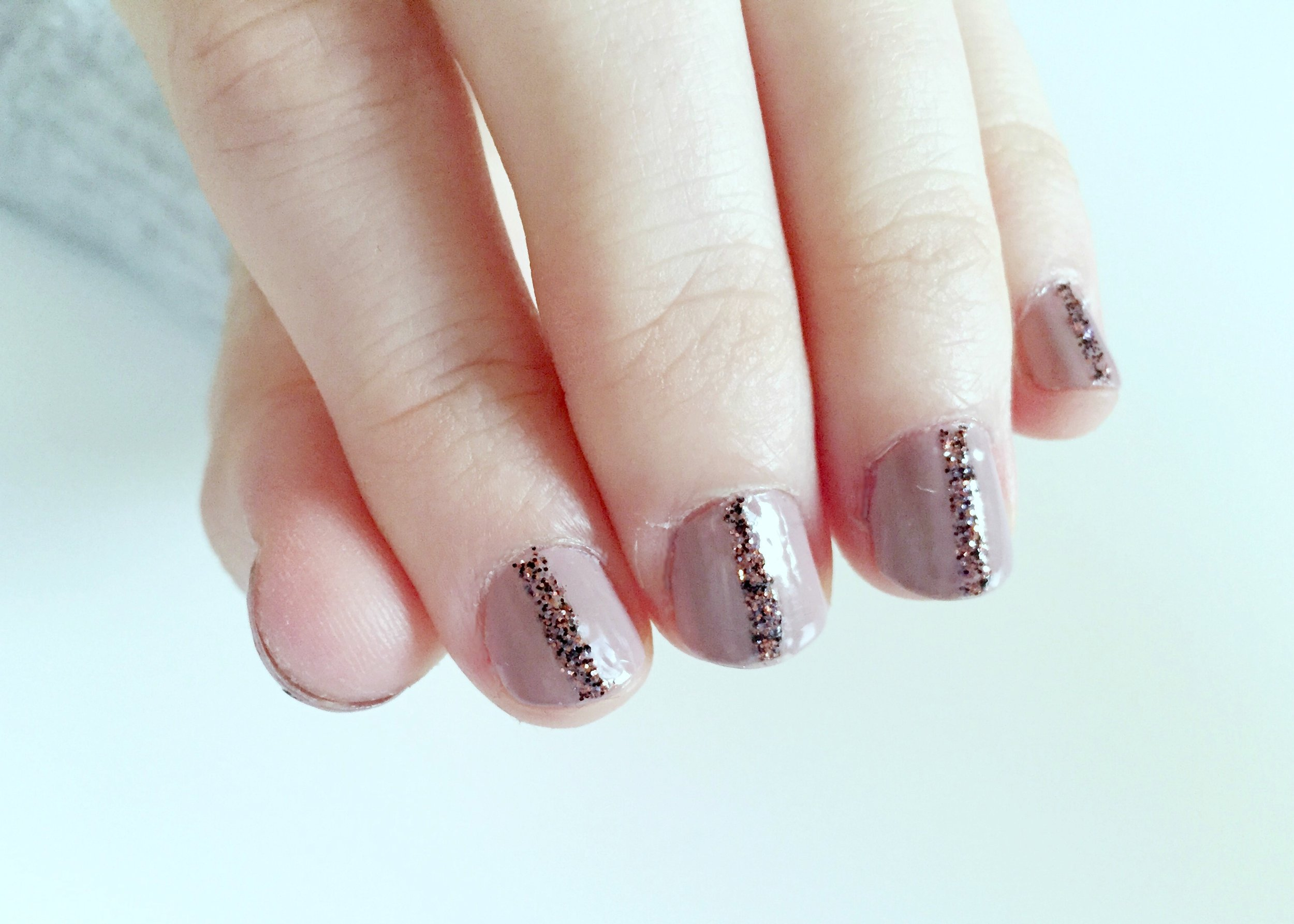 DIY Glitter Striped Nails
