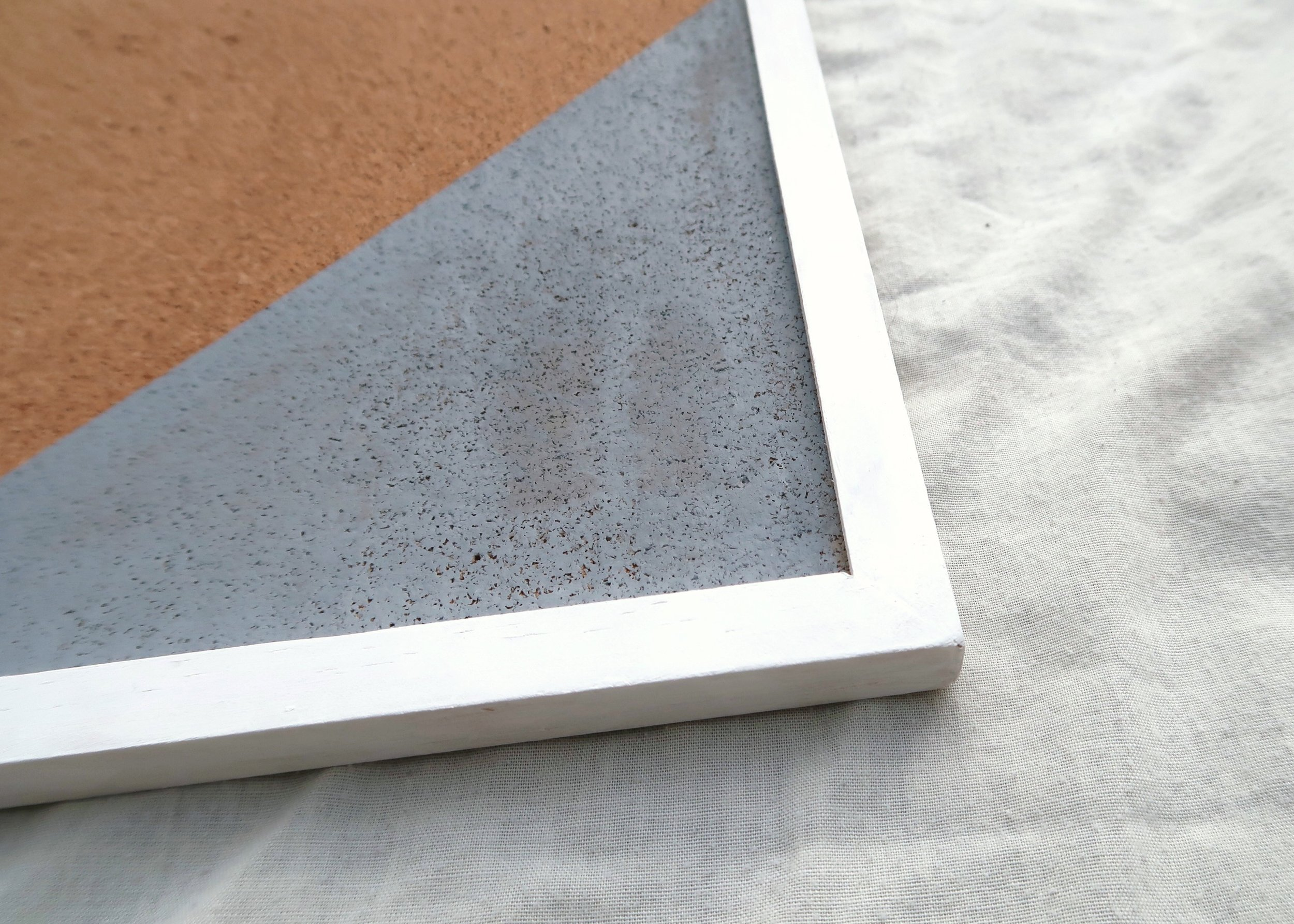 4. - Next, grab some white paint and carefully paint a coat over the whole wooden frame. Once this is dry, paint another coat of white paint and leave to dry.
