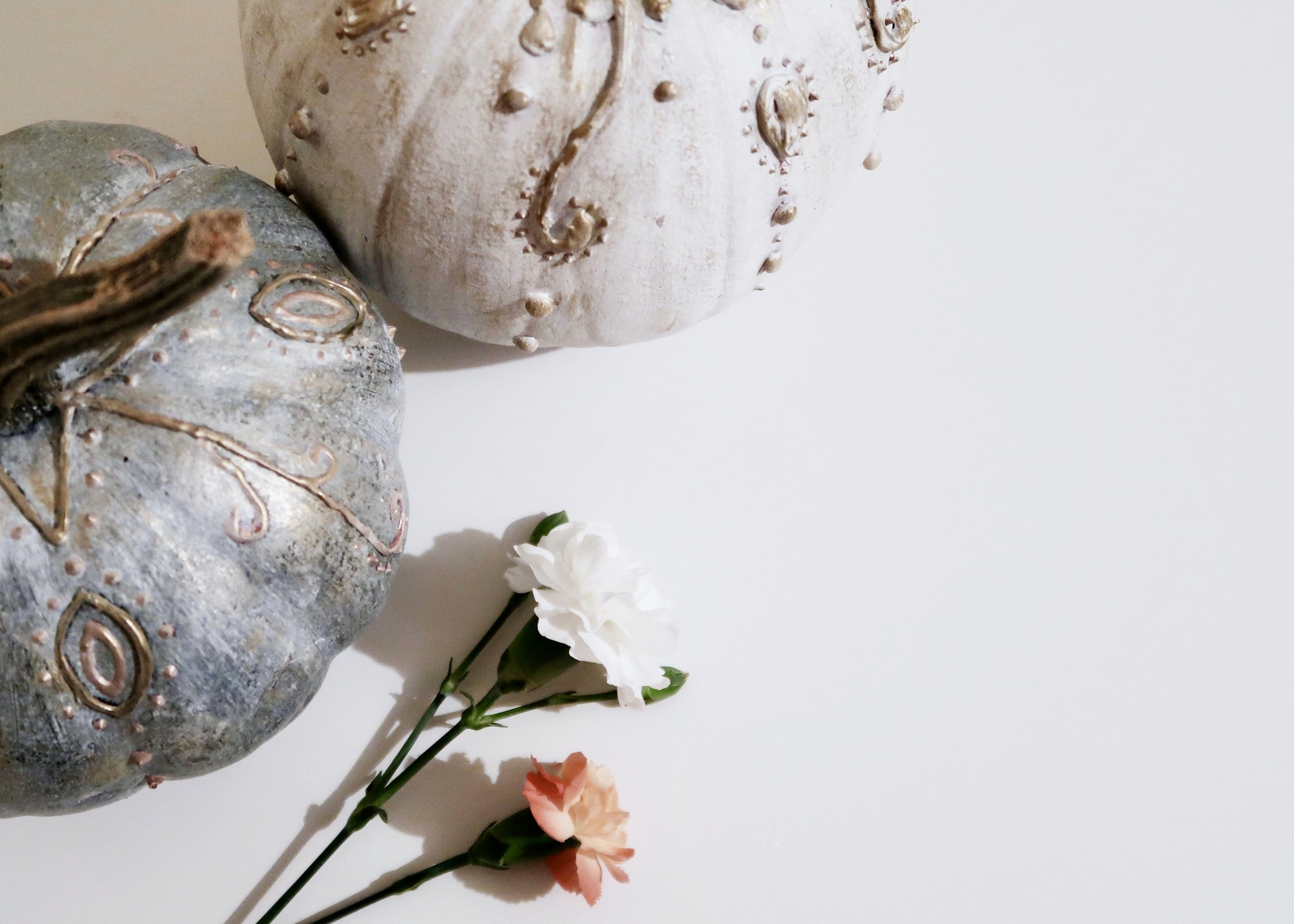 DIY No Carve Vintage Pumpkins by Isoscella
