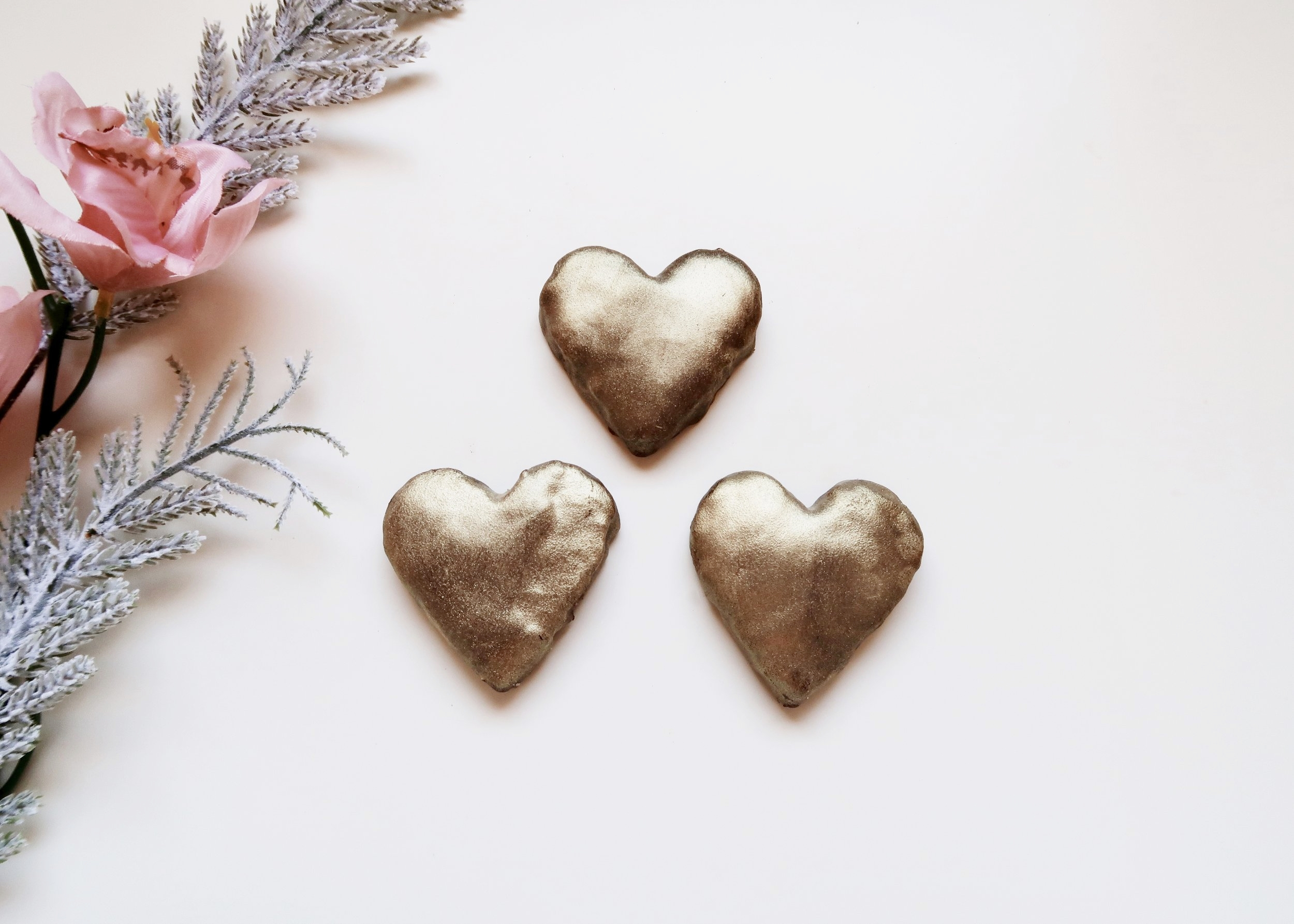 DIY Gold Heart Chocolate Cookies by Isoscella