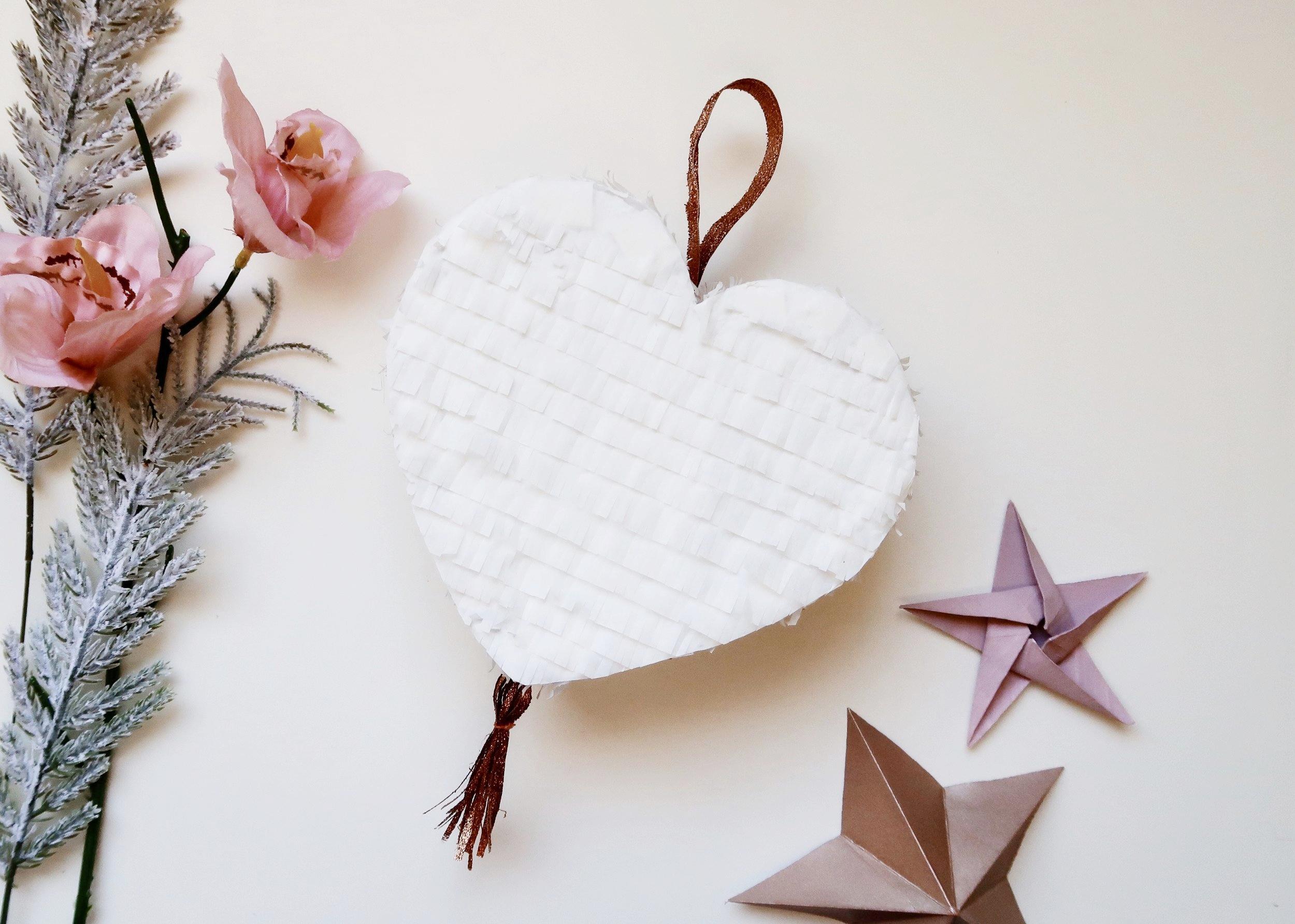 DIY Heart Pinata by Isoscella