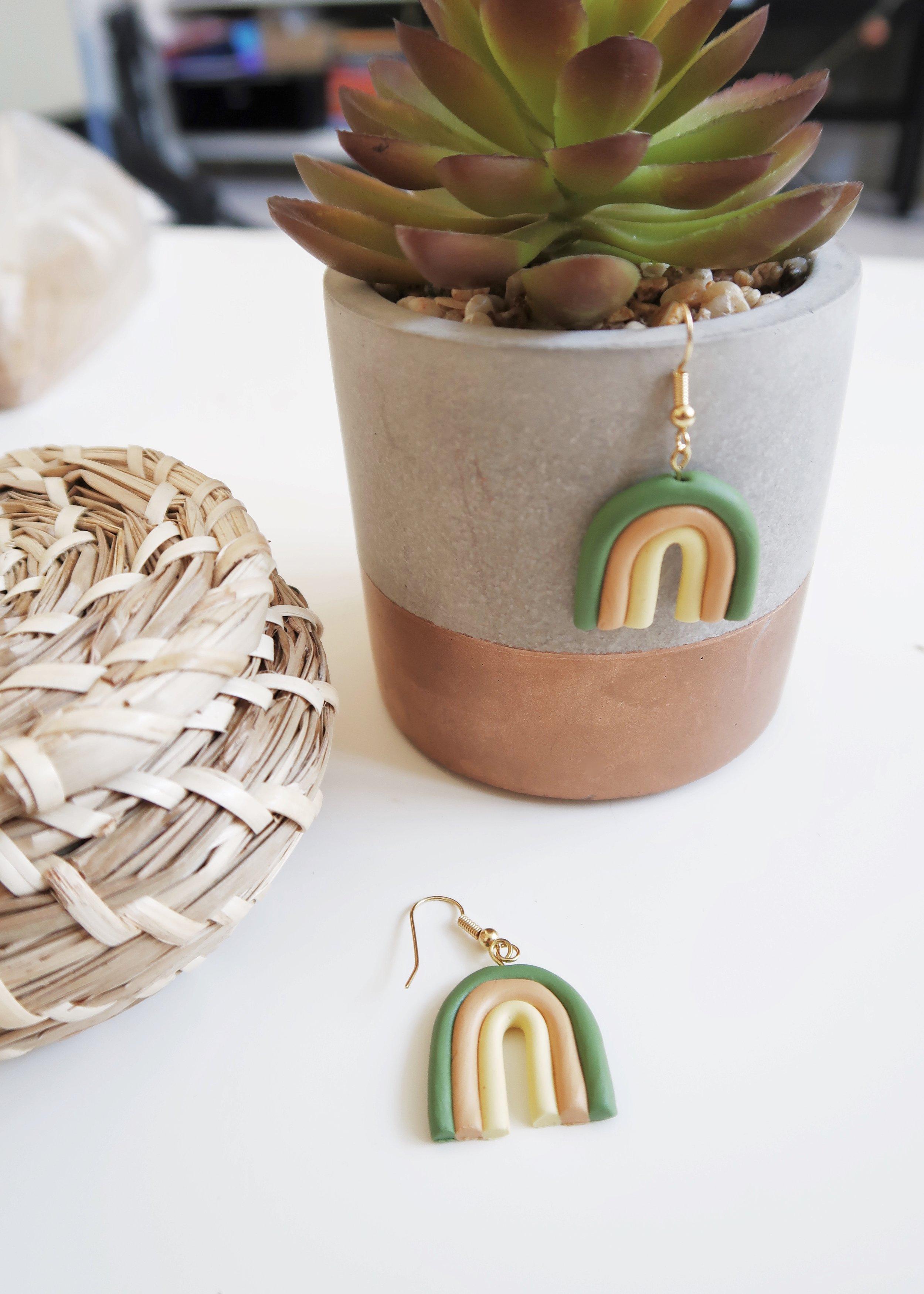 DIY Rainbow Earrings by Isoscella
