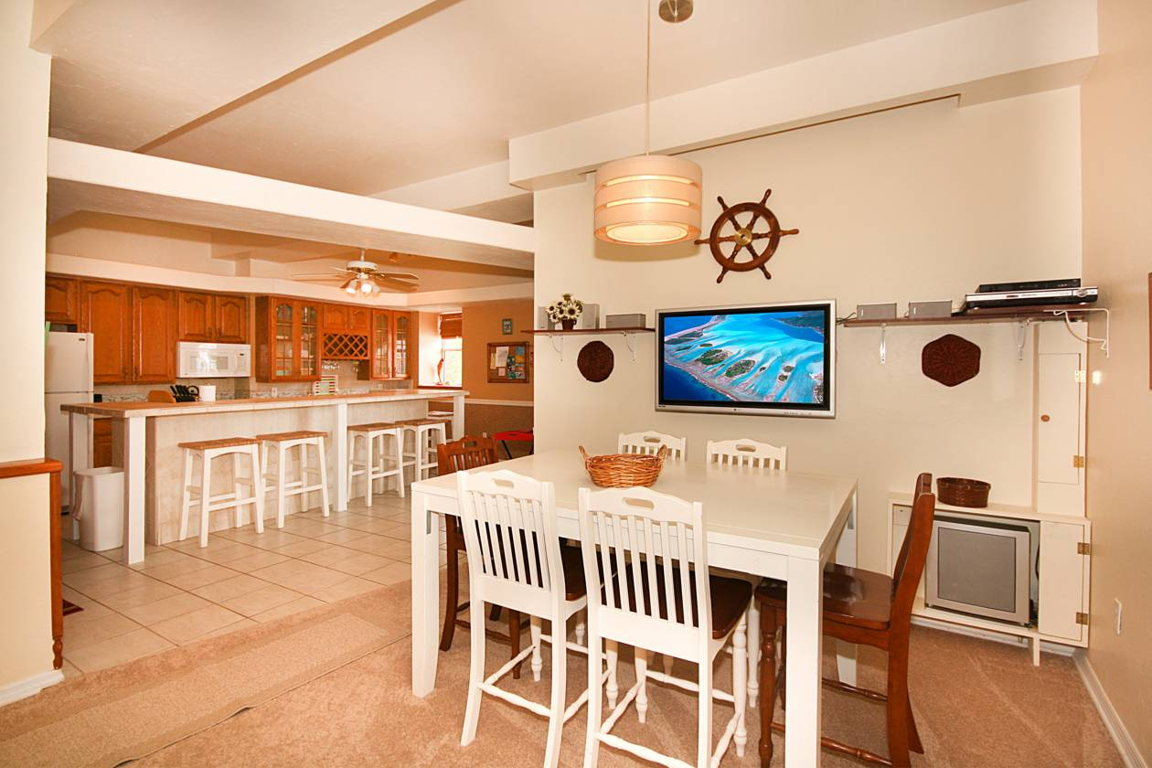 Second Unit Dining and Kitchen.jpg